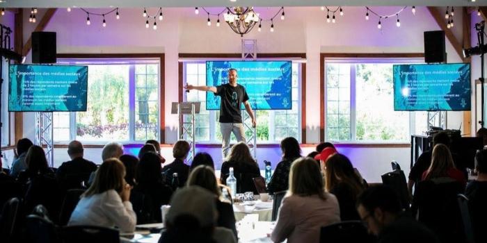 Conférence sur le fonctionnement des réseaux sociaux pour les parents d'adolescents