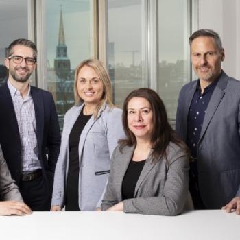 Québecor nomme cinq directrices et directeurs dans son équipe de ventes