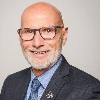 Mario Marois devient directeur général, Ventes journaux et magazines chez Québécor