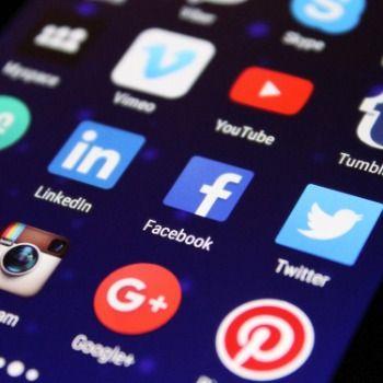 Les médias sociaux ont la cote chez les Québécois