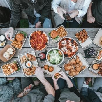 UEAT et le CRIM créent un système de recommandations de plats